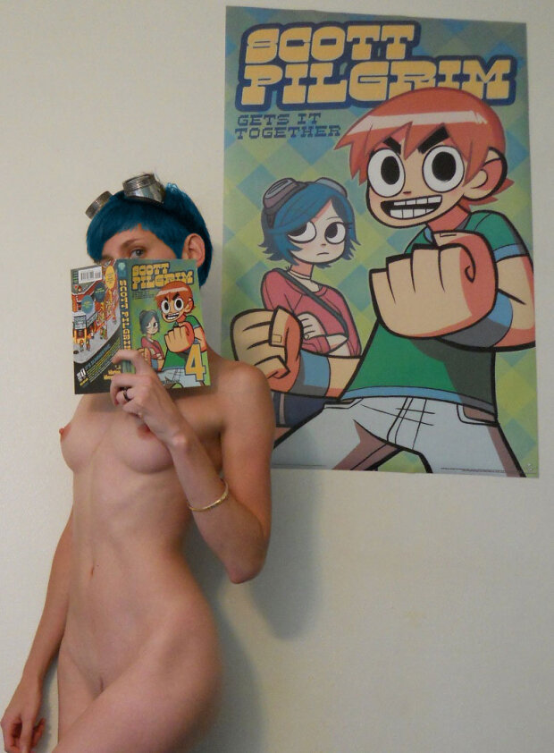 Naked Cosplay 275