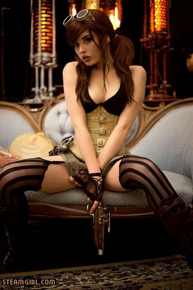 Sexy Steampunk Babe