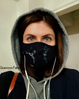 Alexandra Daddario with her mask (Quesoyyo Fakes)