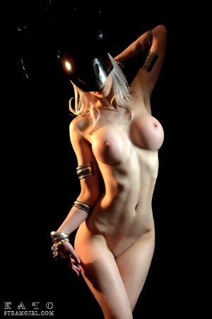 Black Mask 16