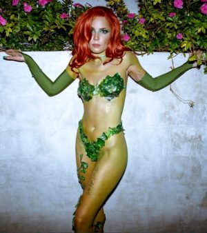 Halsey as Poison Ivy for Halloween (2)