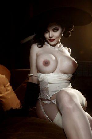 Hot model Kalinka Fox cosplaying gorgeous Dimitrescu