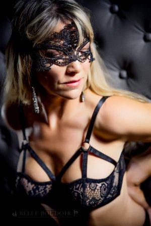 lace-mask