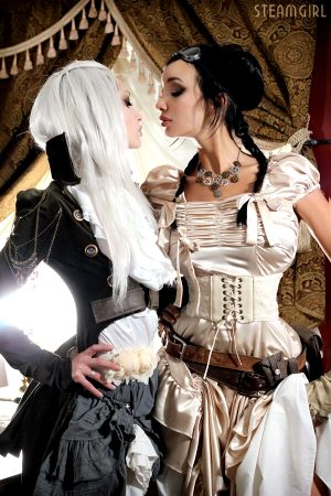 steampunk babes about to kiss