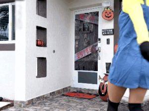 teen cosplay minion porn halloween